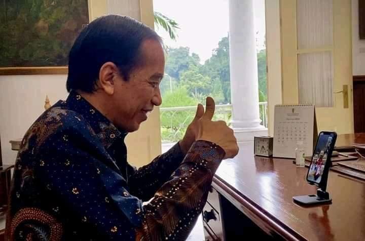 Berhasil Sabet Emas di Olimpiade, Presiden Jokowi Langsung Telepon Greysia-Apriyani Ucapkan Selamat